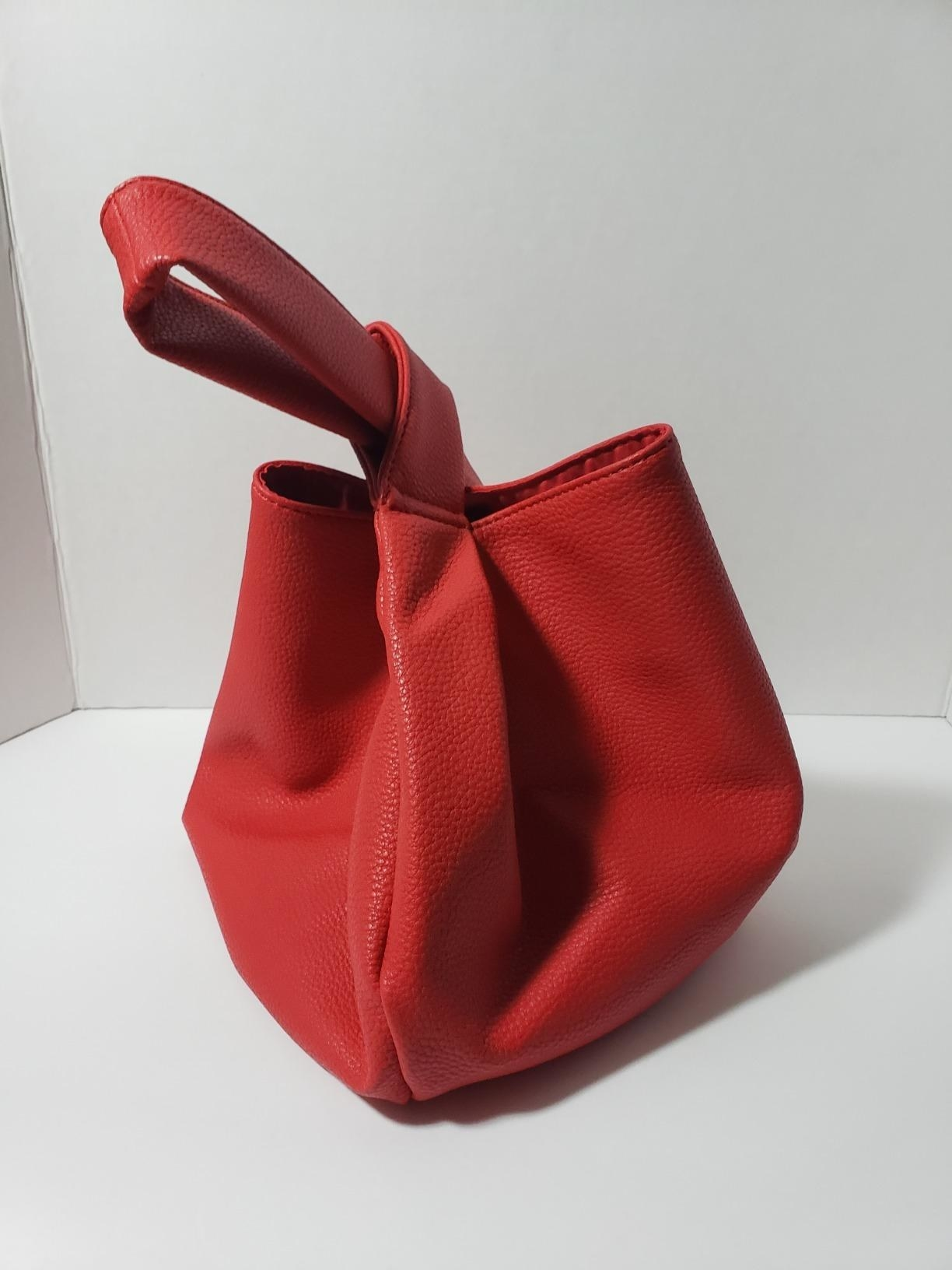 Reviewer's photo of their red bag