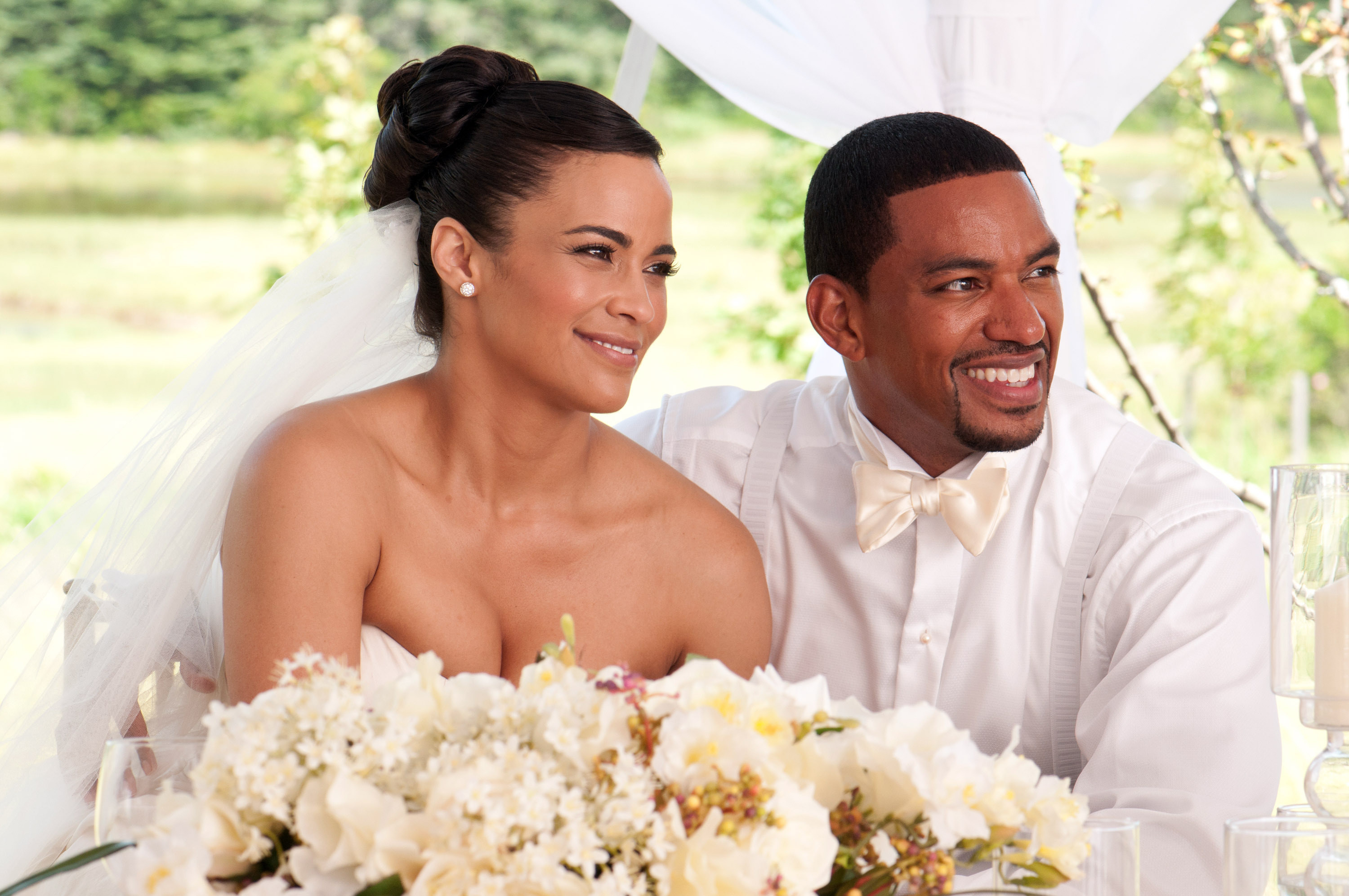 """Paula Patton and Laz Alonzo in """"Jumping the Broom"""""""