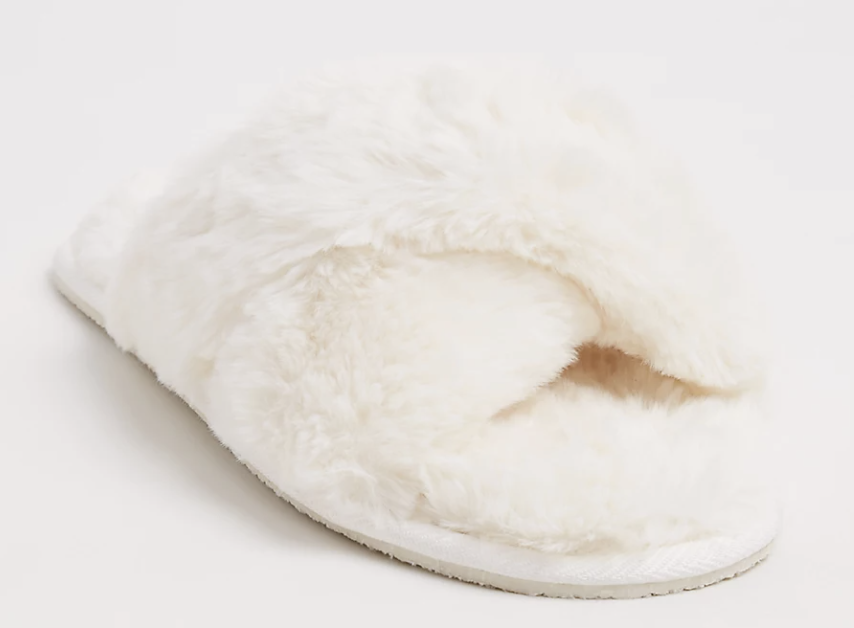 ivory faux fur slippers