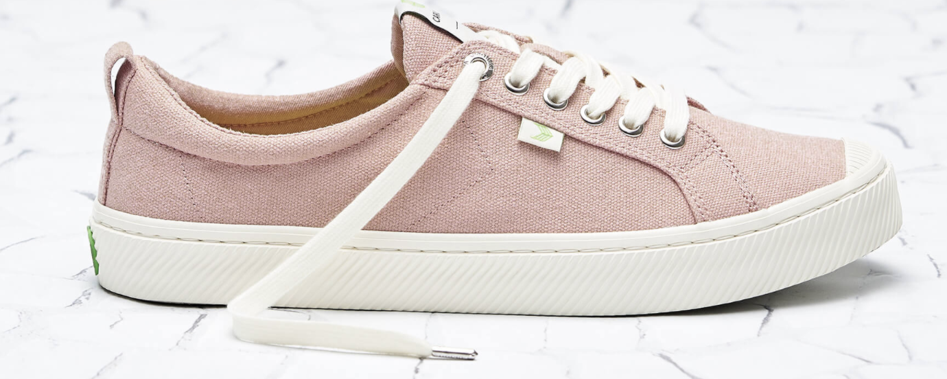 low rise canvas sneakers in rose