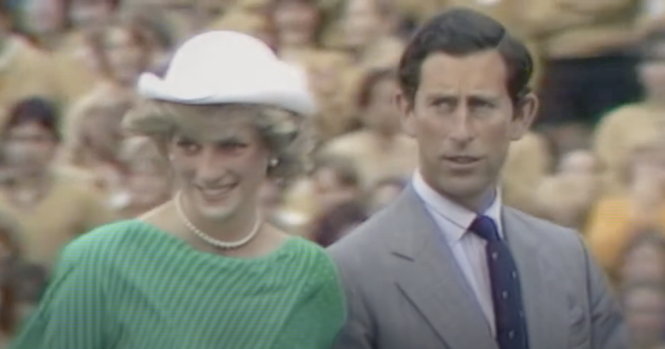Diana and Charles arriving in Australia