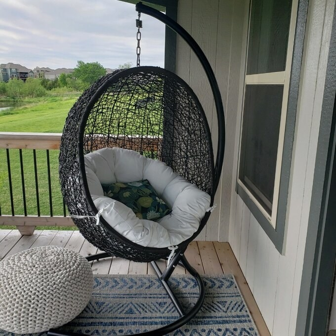 Review photo of the khaki/cream chair