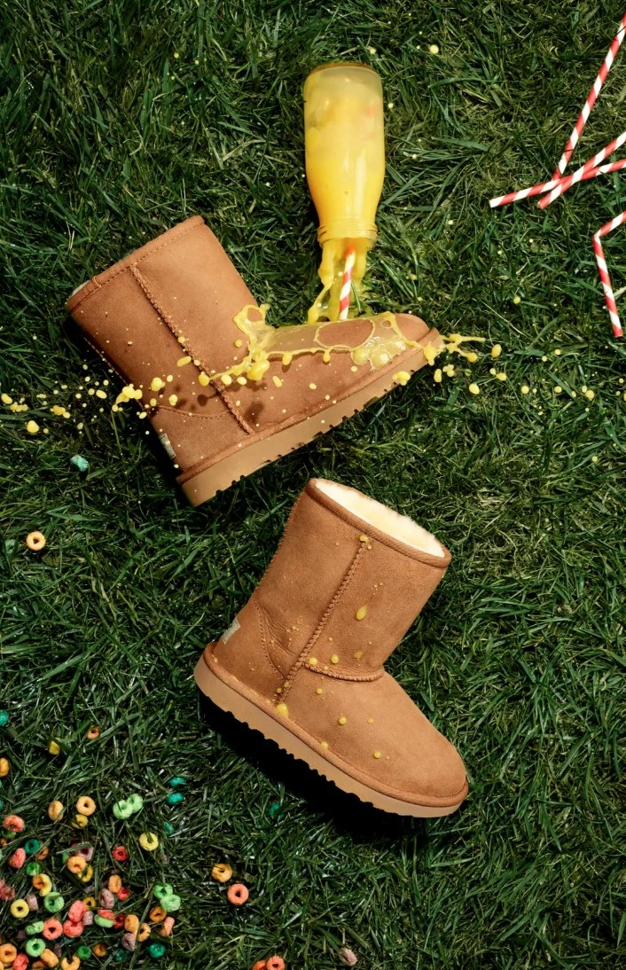 The shearling Uggs in chesnut brown