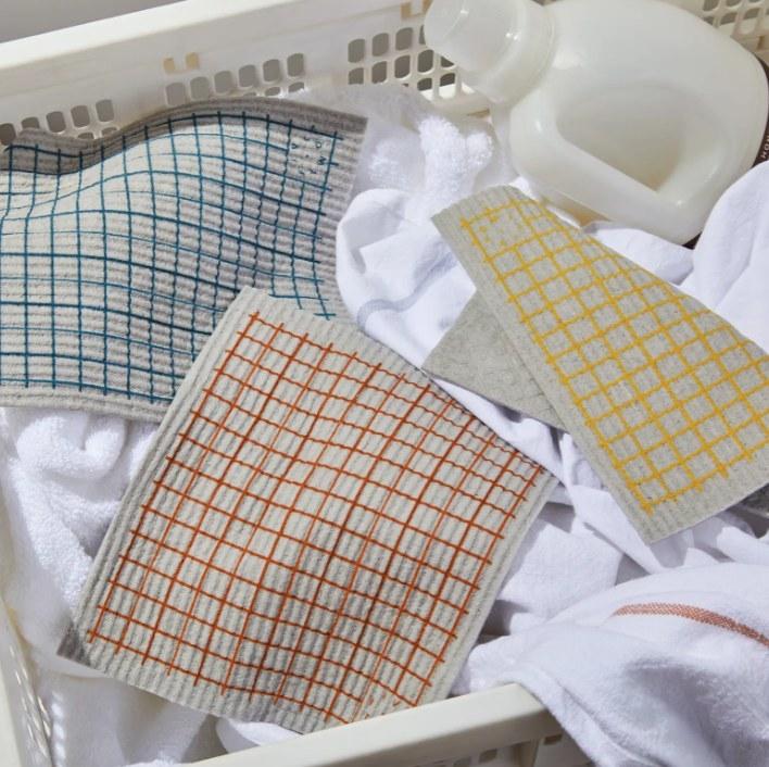 The set of ten compostable sponge cloths