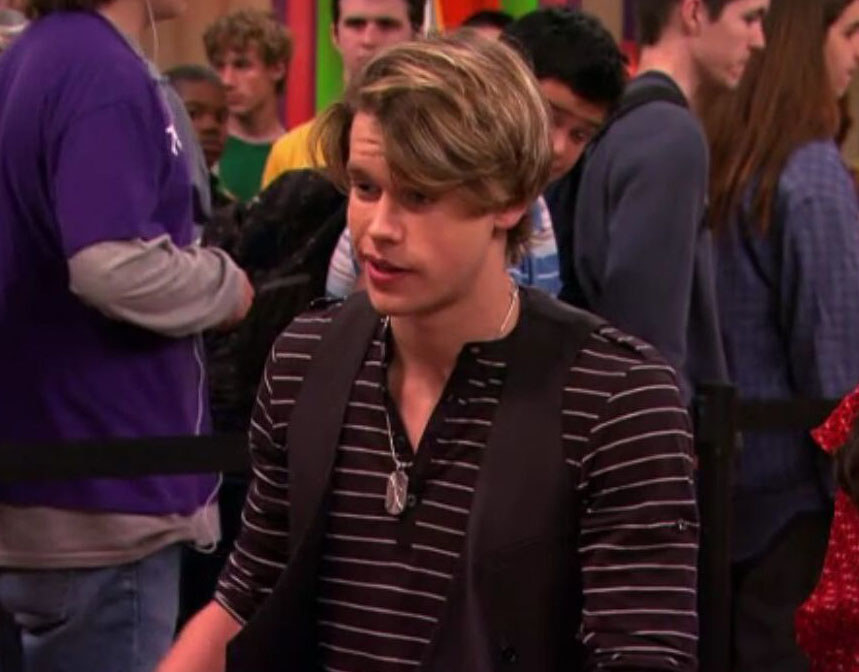 Chord Overstreet being interviewed as a contestant during Carly's speed-dating session