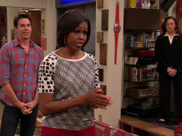"""Michelle Obama in an """"iCarly"""" scene with Spencer"""