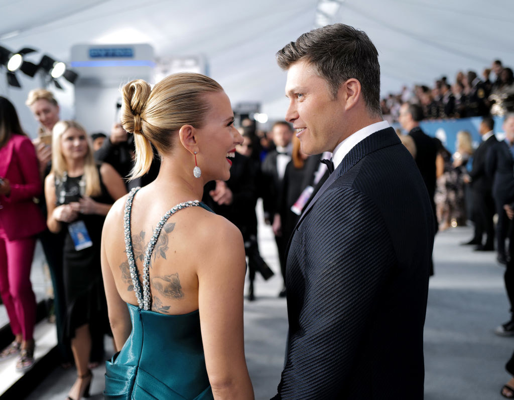 Scarlett Johansson and Colin Jost looking at each other at the 26th Annual Screen Actors Guild Awards