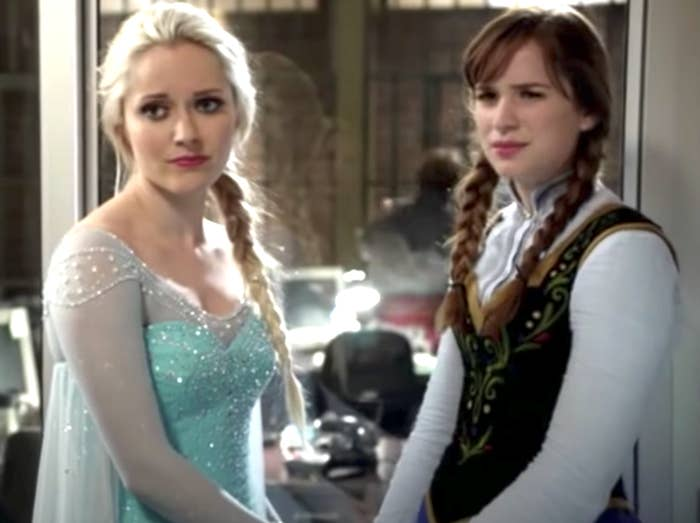 Elsa and Anna in Once Upon a Time