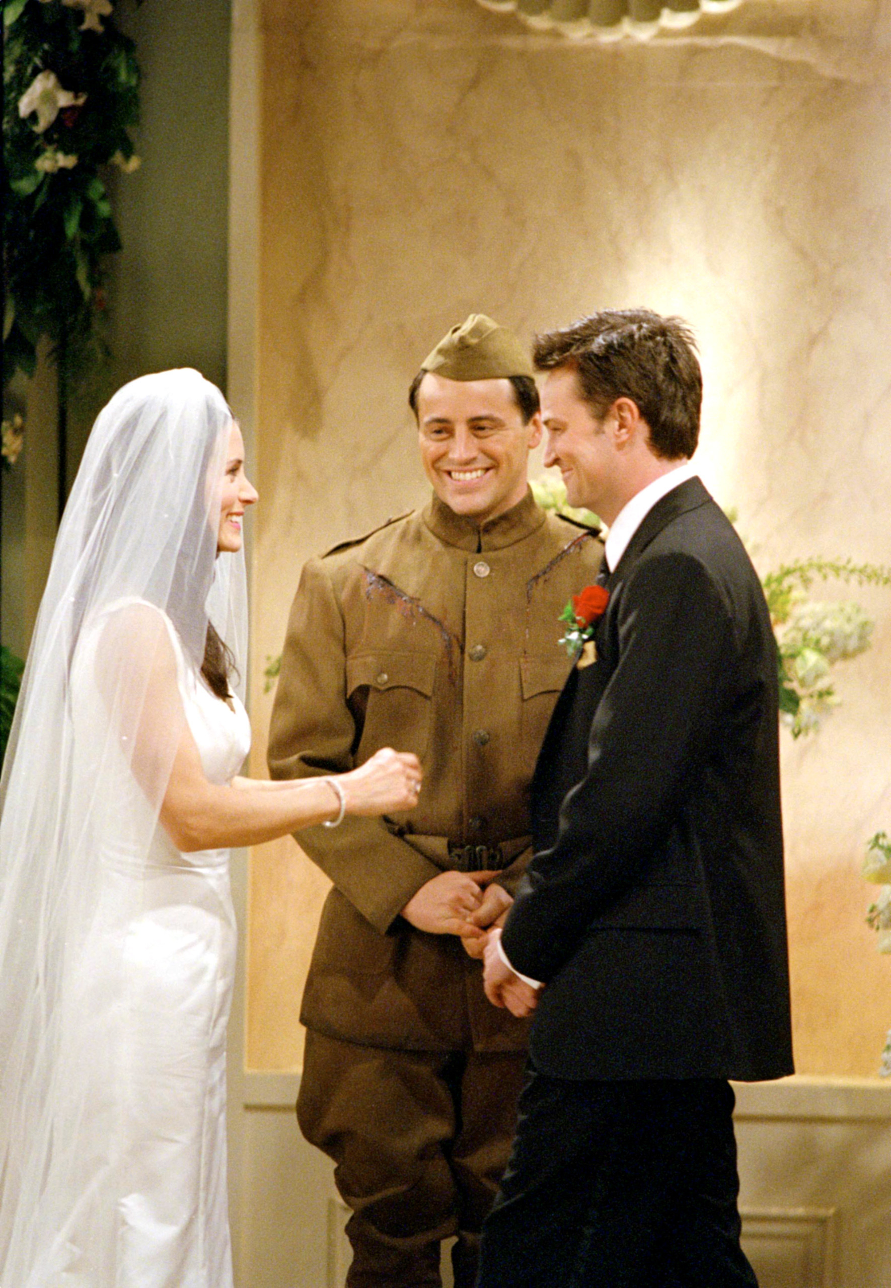 Monica and Chandler getting married