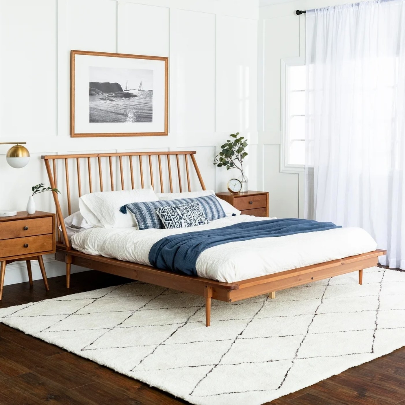 The wood spindle bed in caramel