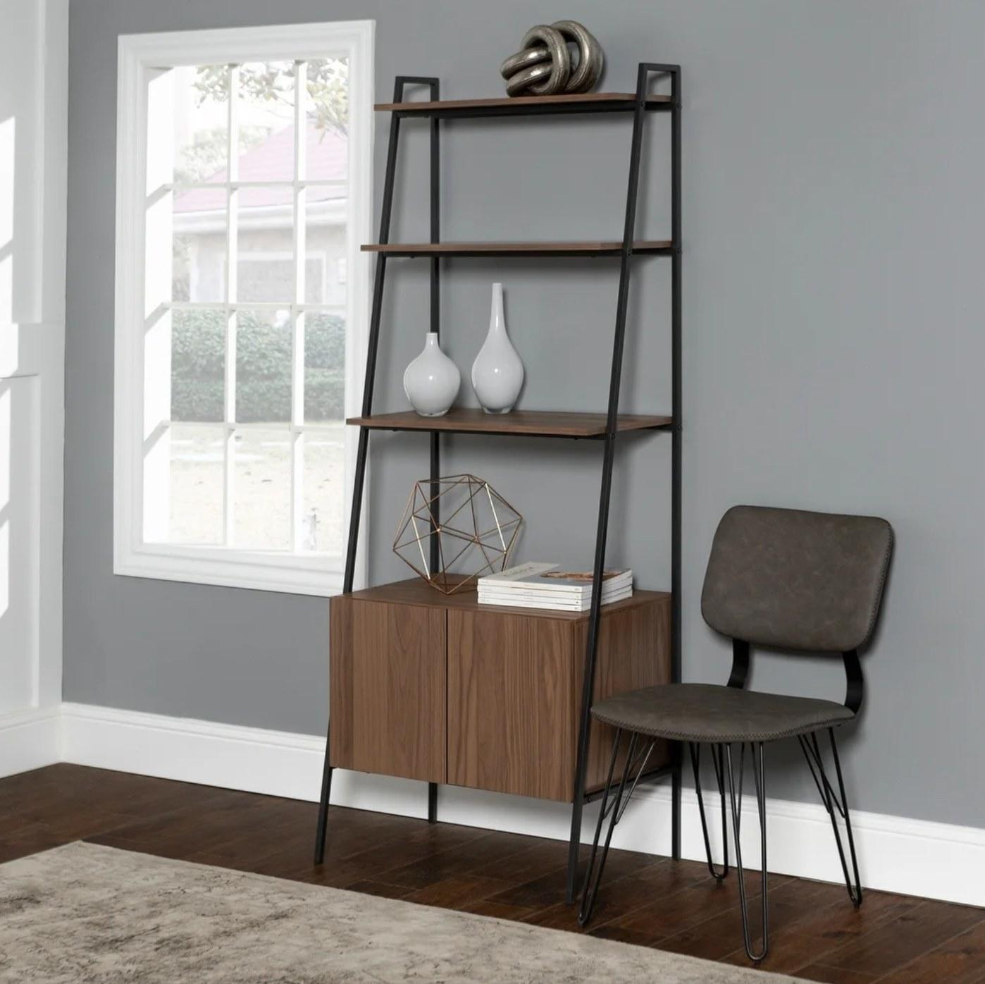The storage bookshelf