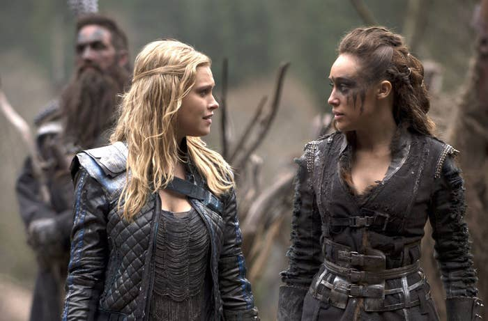 """Clarke and Lexa from """"The 100"""""""