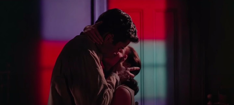 Tony and Maria kissing