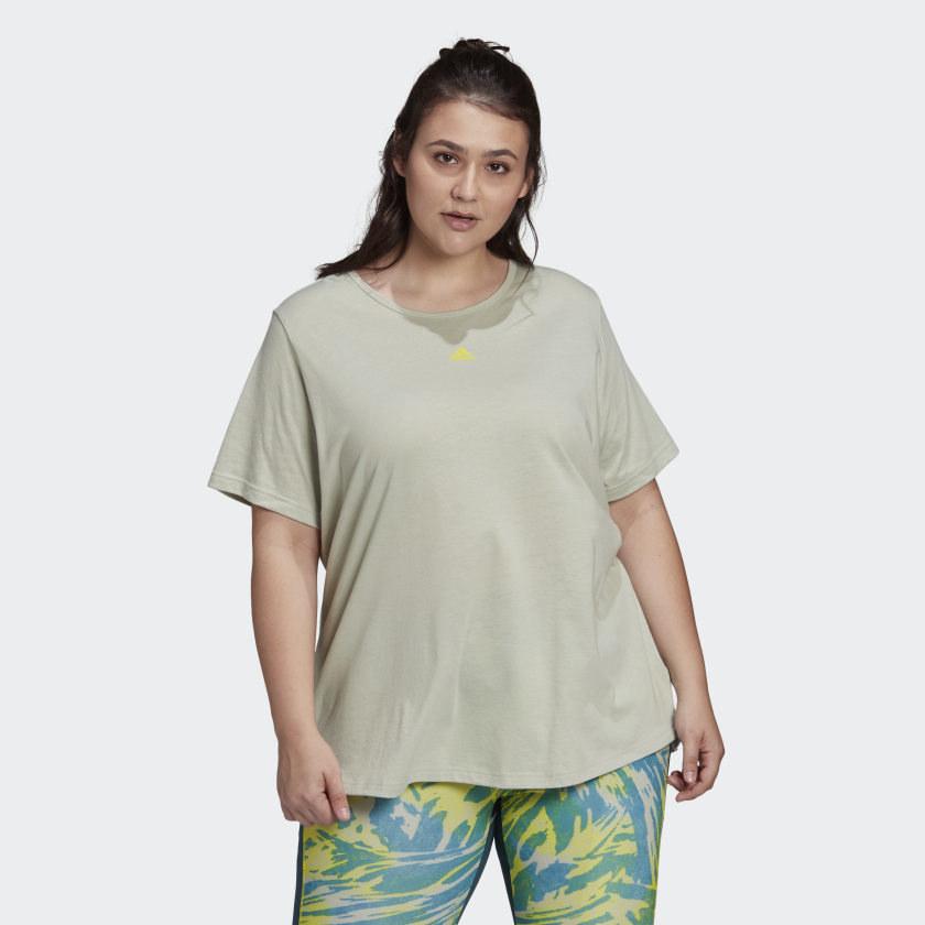 Model wearing light green workout tee