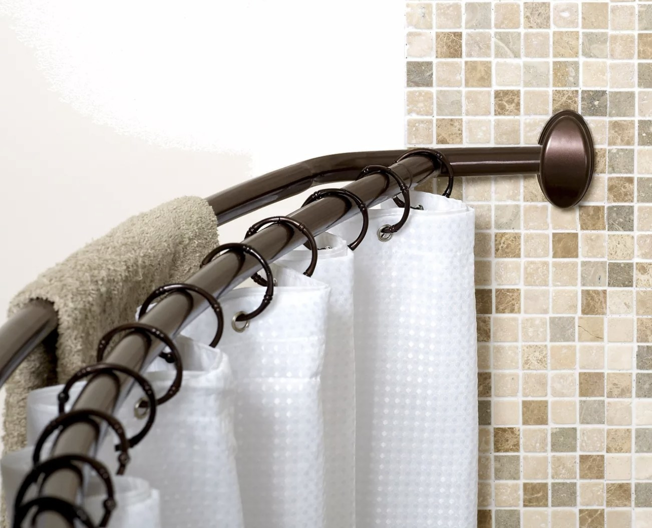 The curved curtain rod