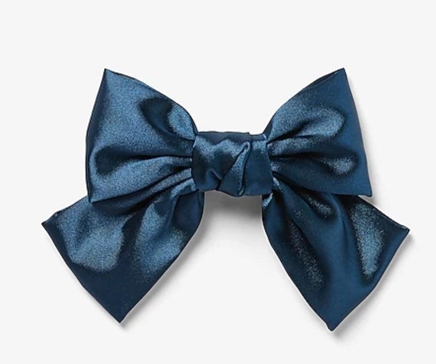 The bow barette in navy
