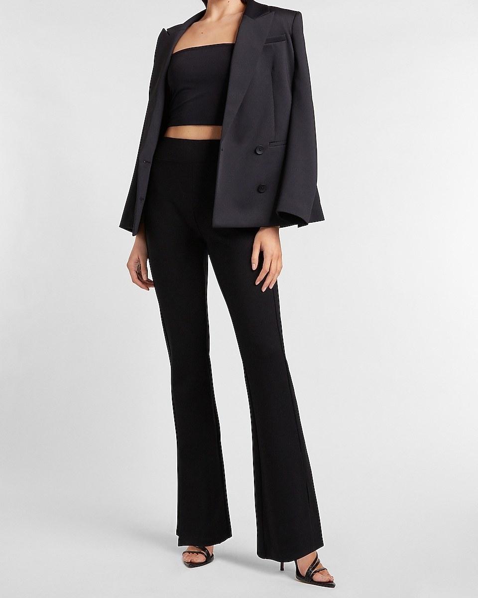 model wearing the pants in black