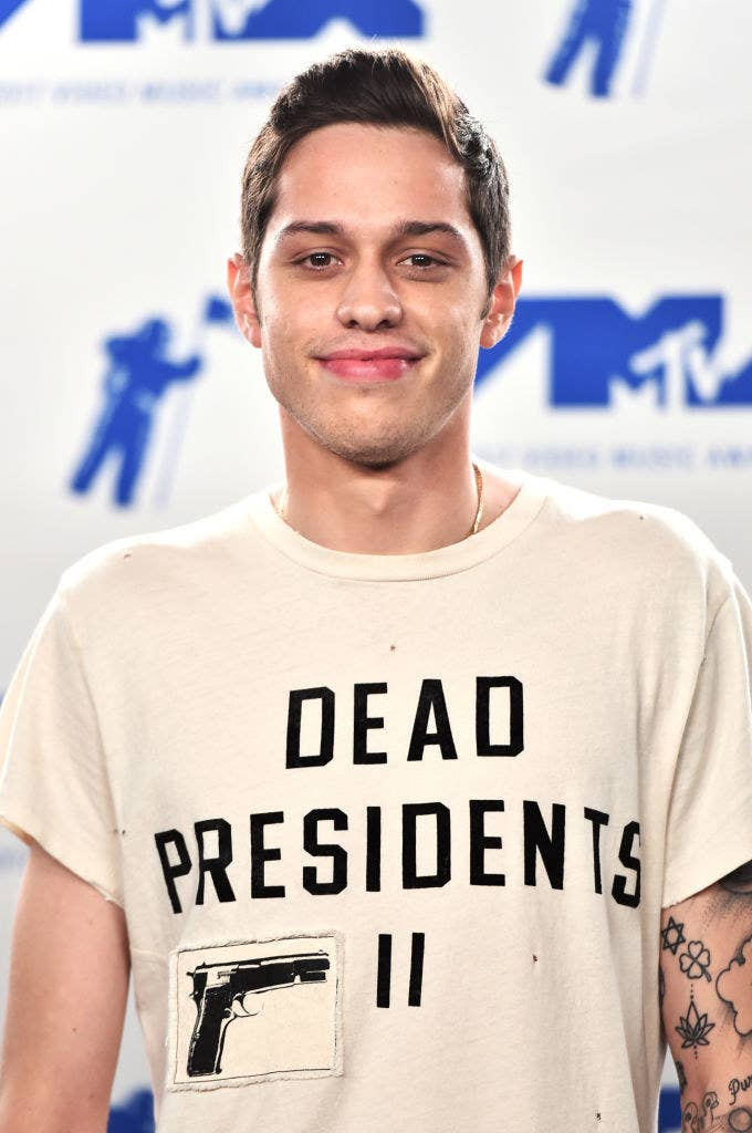 Pete Davidson poses in the press room during the 2017 MTV Video Music Awards at The Forum on August 27, 2017 in Inglewood, California