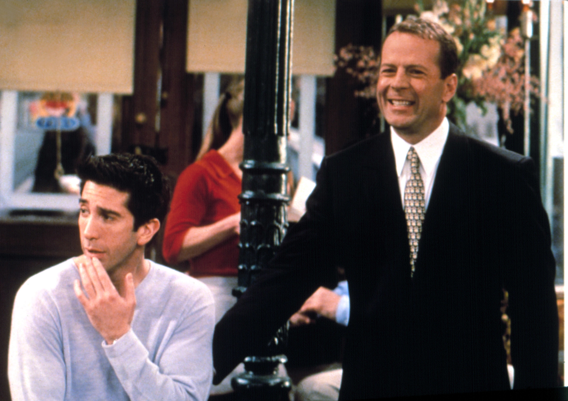 Bruce Willis with Ross in Central Perk in Friends
