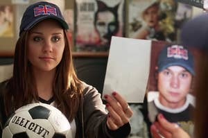 Viola holding up a picture of Sebastian in She's the Man