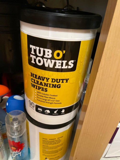 a reviewer tub of cleaning wipes