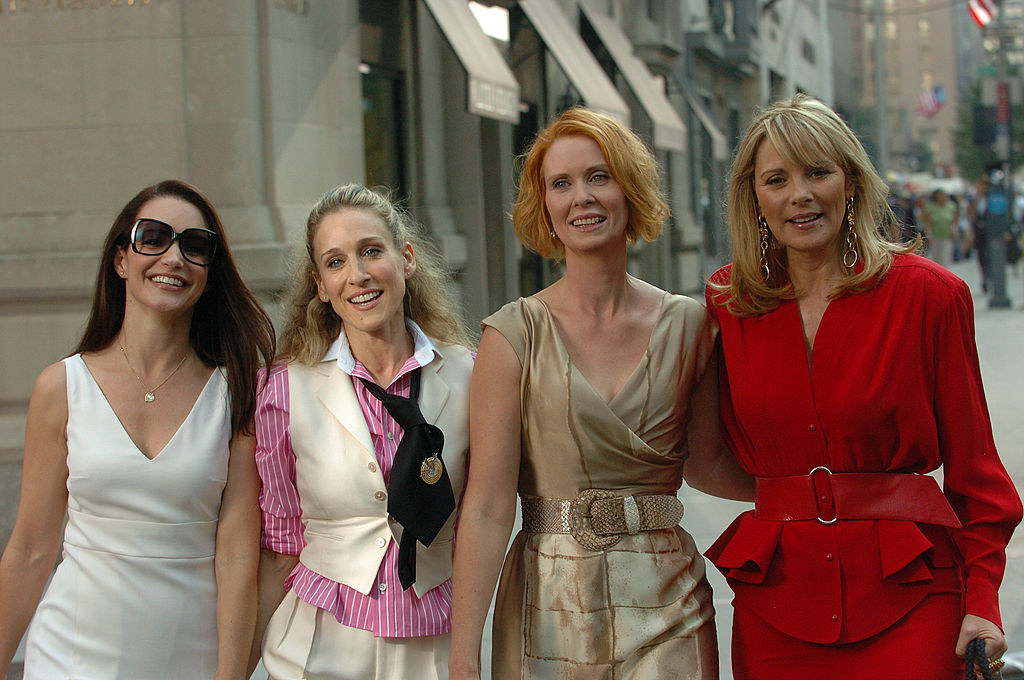 (L to R) Kirsten Davis, Sarah Jessica Parker, Cynthia Davis and Sex And The City Cast Reunite for their feature movie