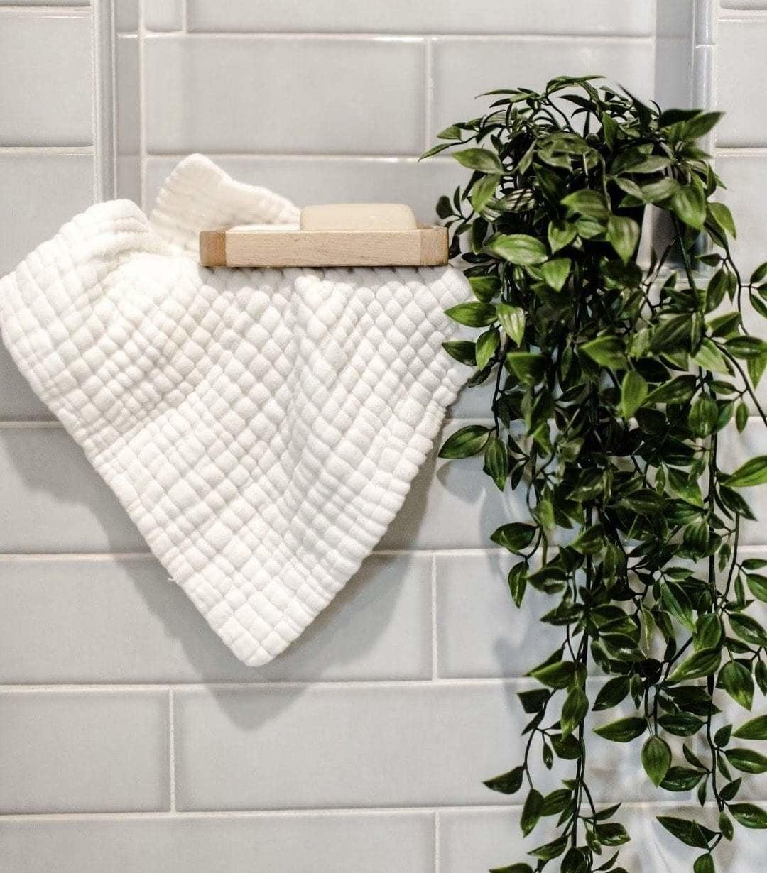 The white muslin washcloth