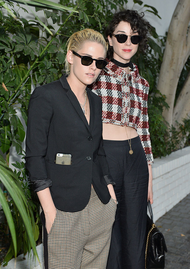 Kristen Stewart and St. Vincent at a Vogue fashion show in 2016