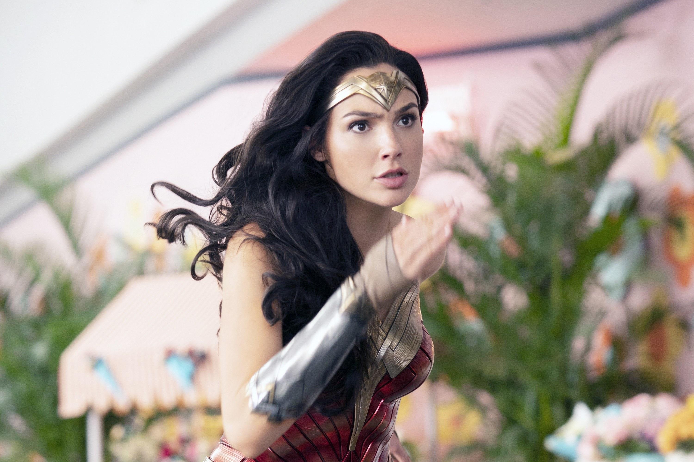 """Gal Gadot running as Wonder Woman in """"Wonder Woman 1984"""""""