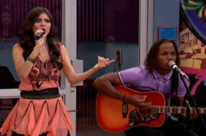 Tori and Andre from victorious singing