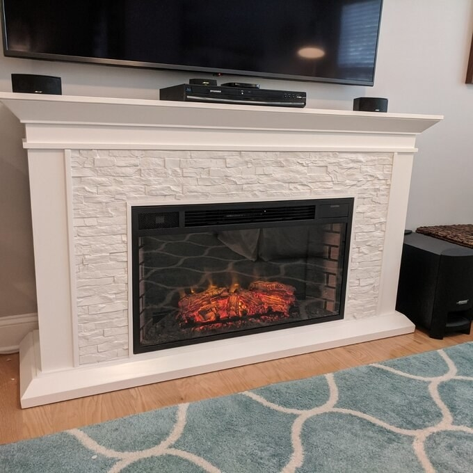 Review photo of the white TV stand