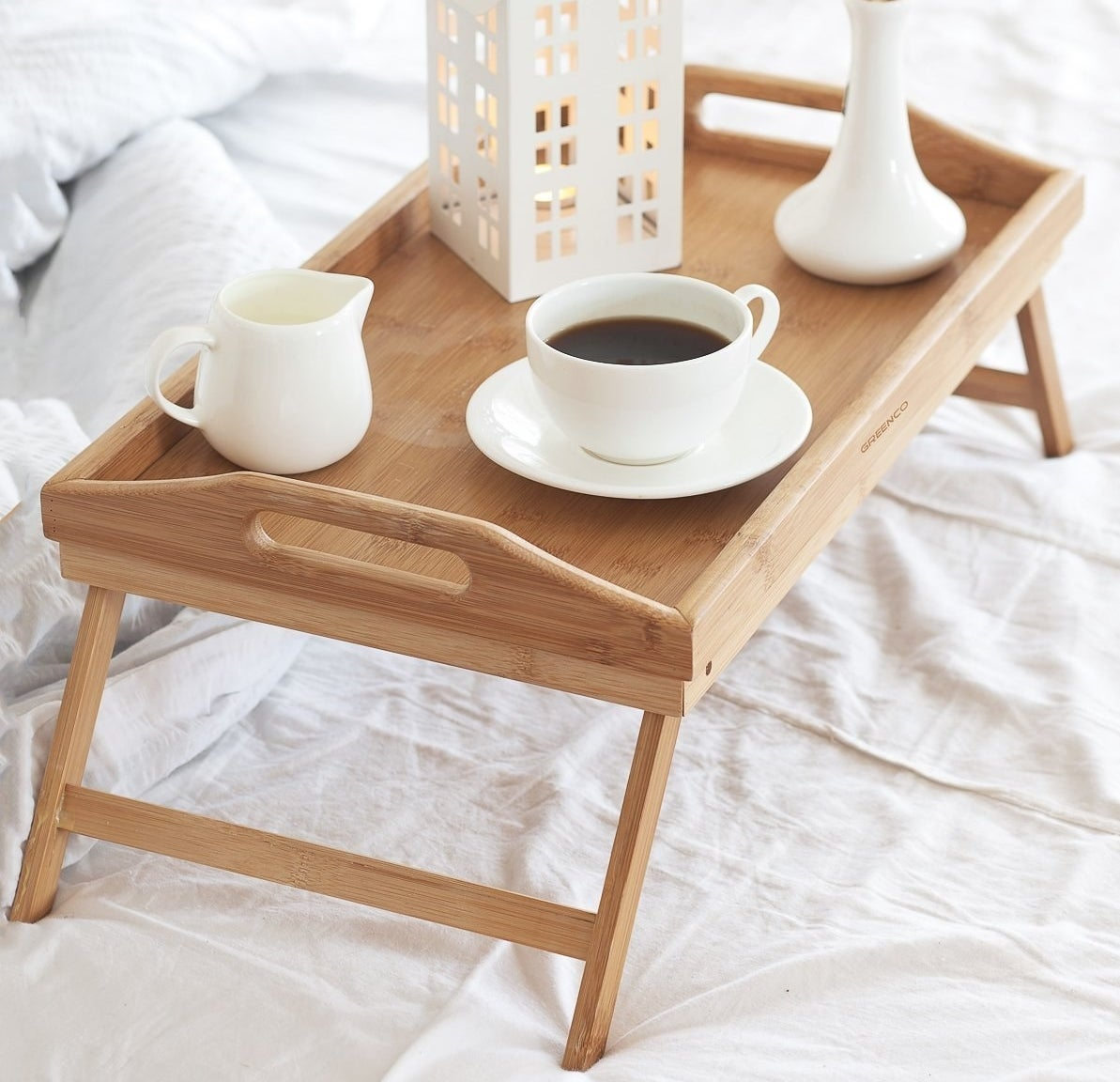 The foldable table placed in bed