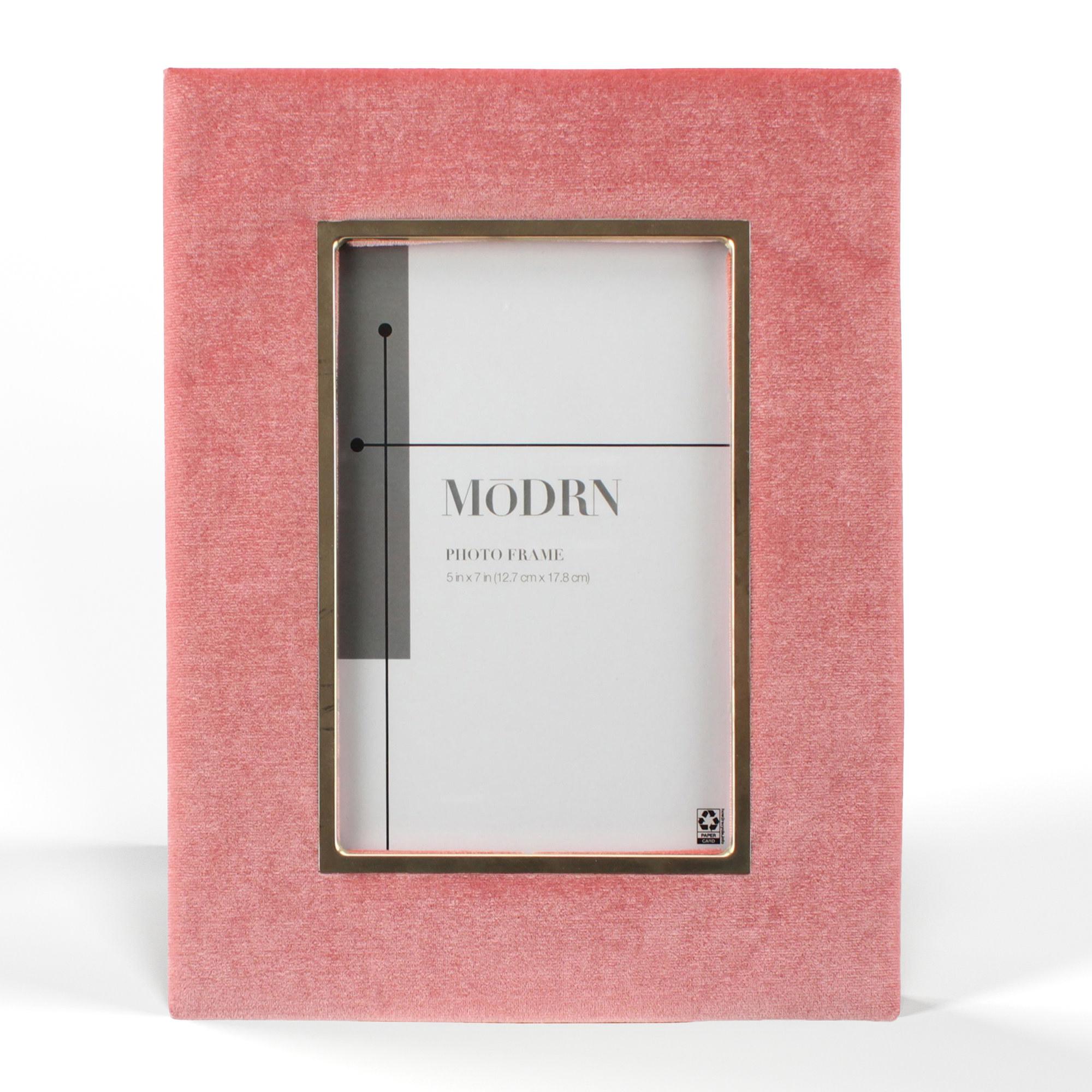 The rectangular frame in pink velvet