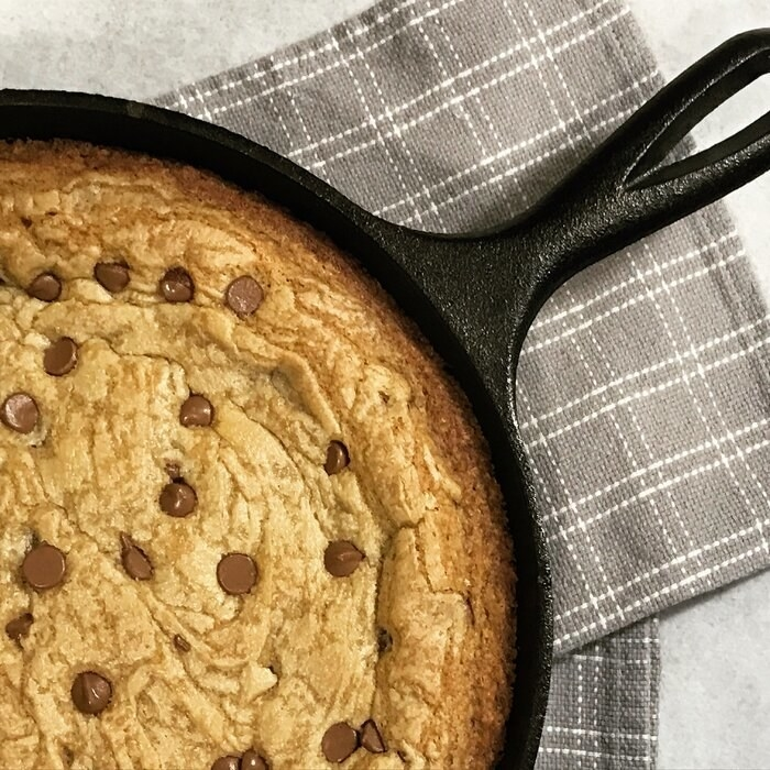 cookie in a cast-iron skillet