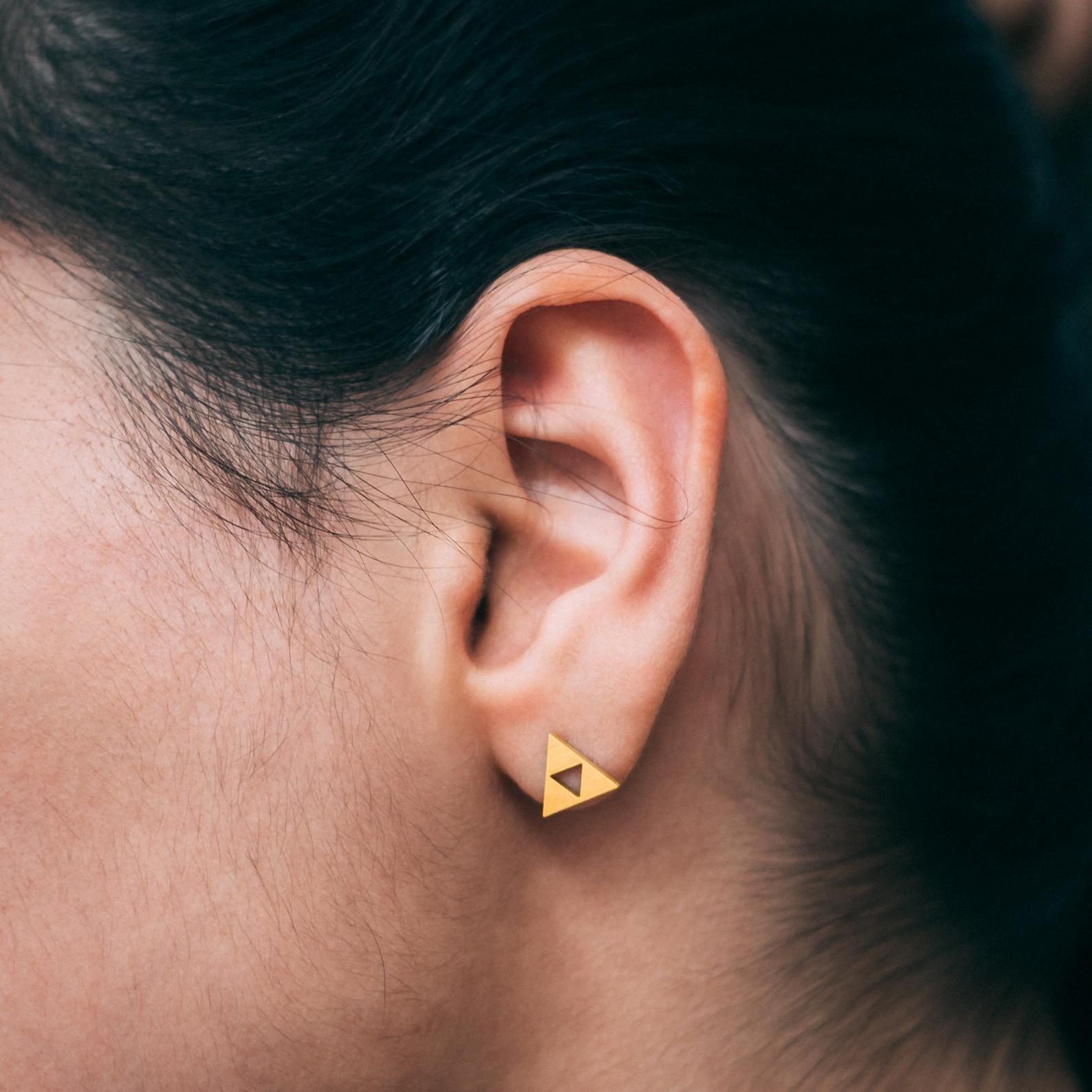 gold triforce stud earrings