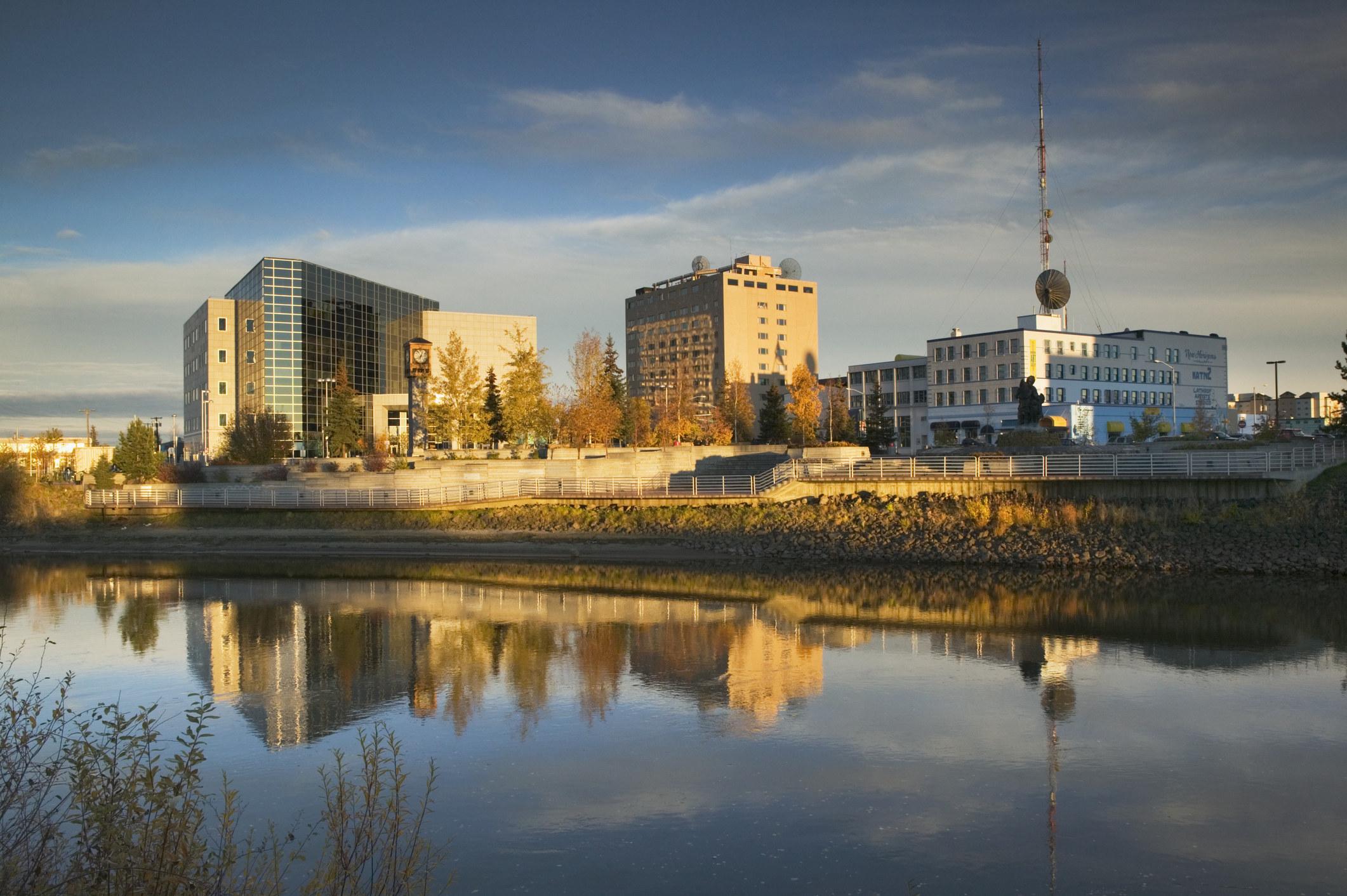 Alaska city by the river