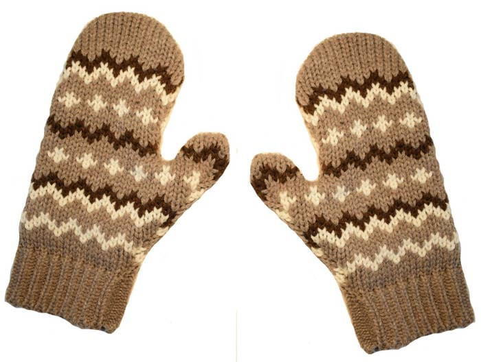 knitted brown gloves