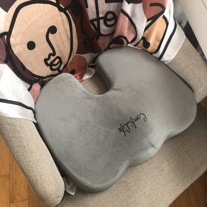A reviewer's cushion