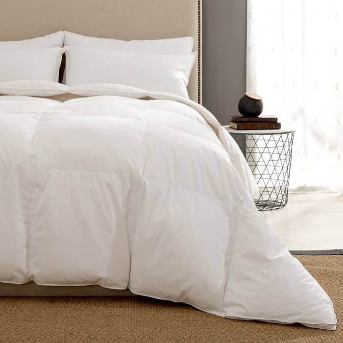 The white down duvet which has baffle box construction