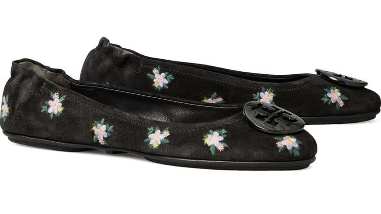 The flats in Daybreak Daisy/Perfect Black