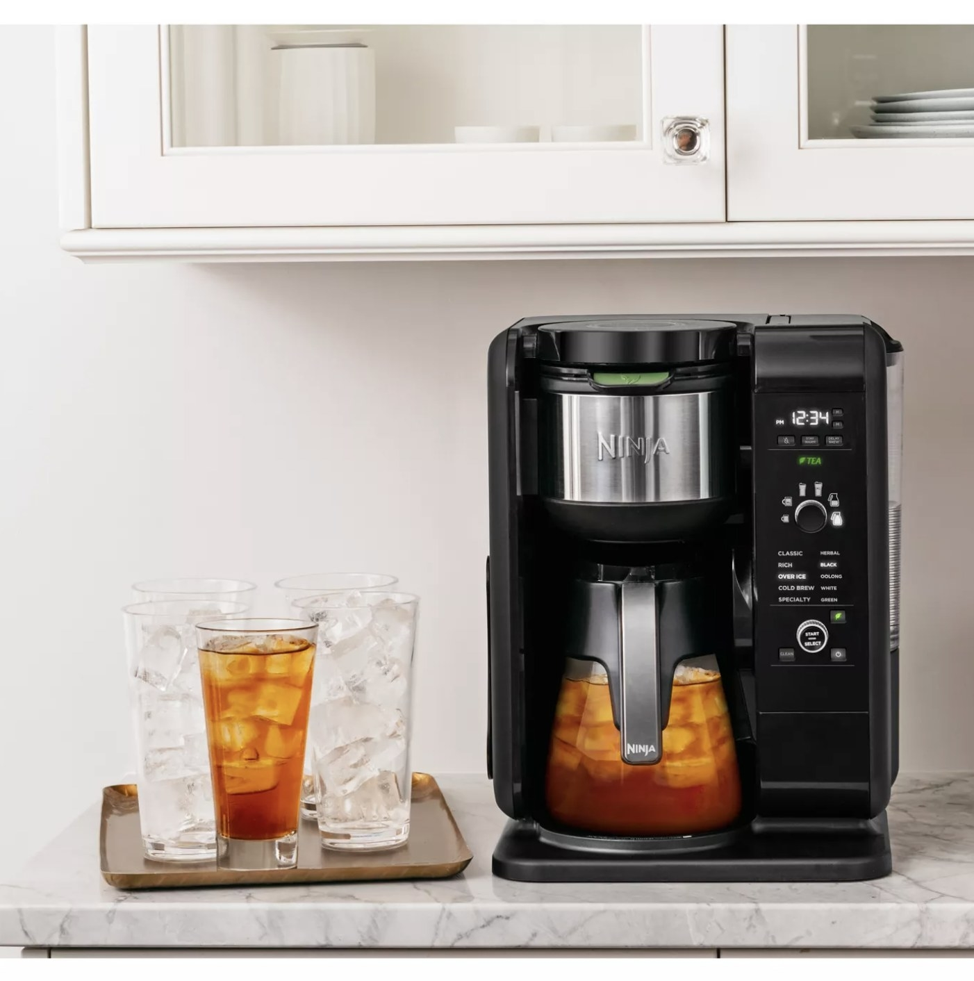 The cold brew coffee maker