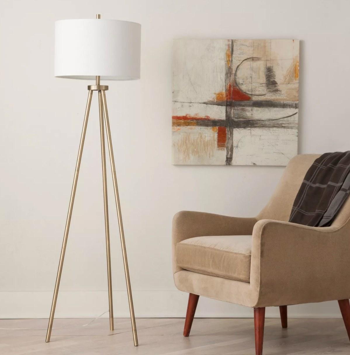 The tripod floor lamp