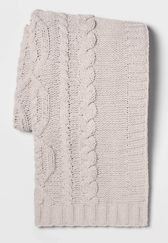 The chenille blanket