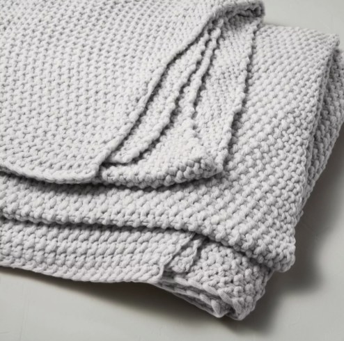 gray knit blanket