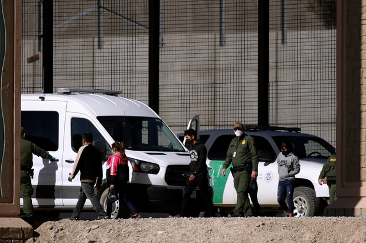 border agents in texas have started releasing som 2 2325 1612574871 9 dblbig