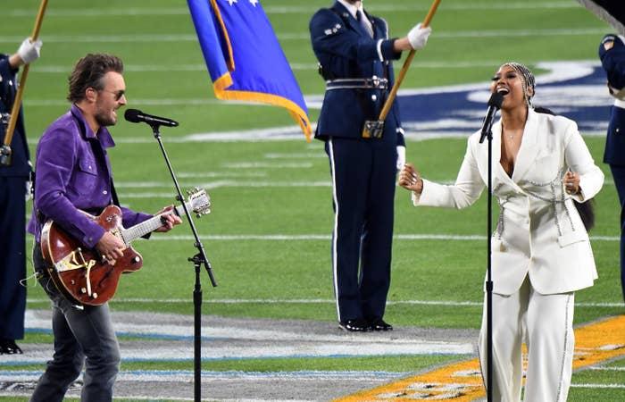 Jazmine sings alongside Eric