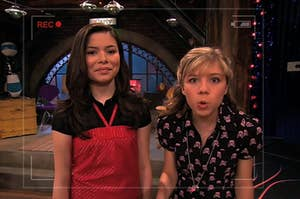Carly and Sam looking into the camera while they record their show