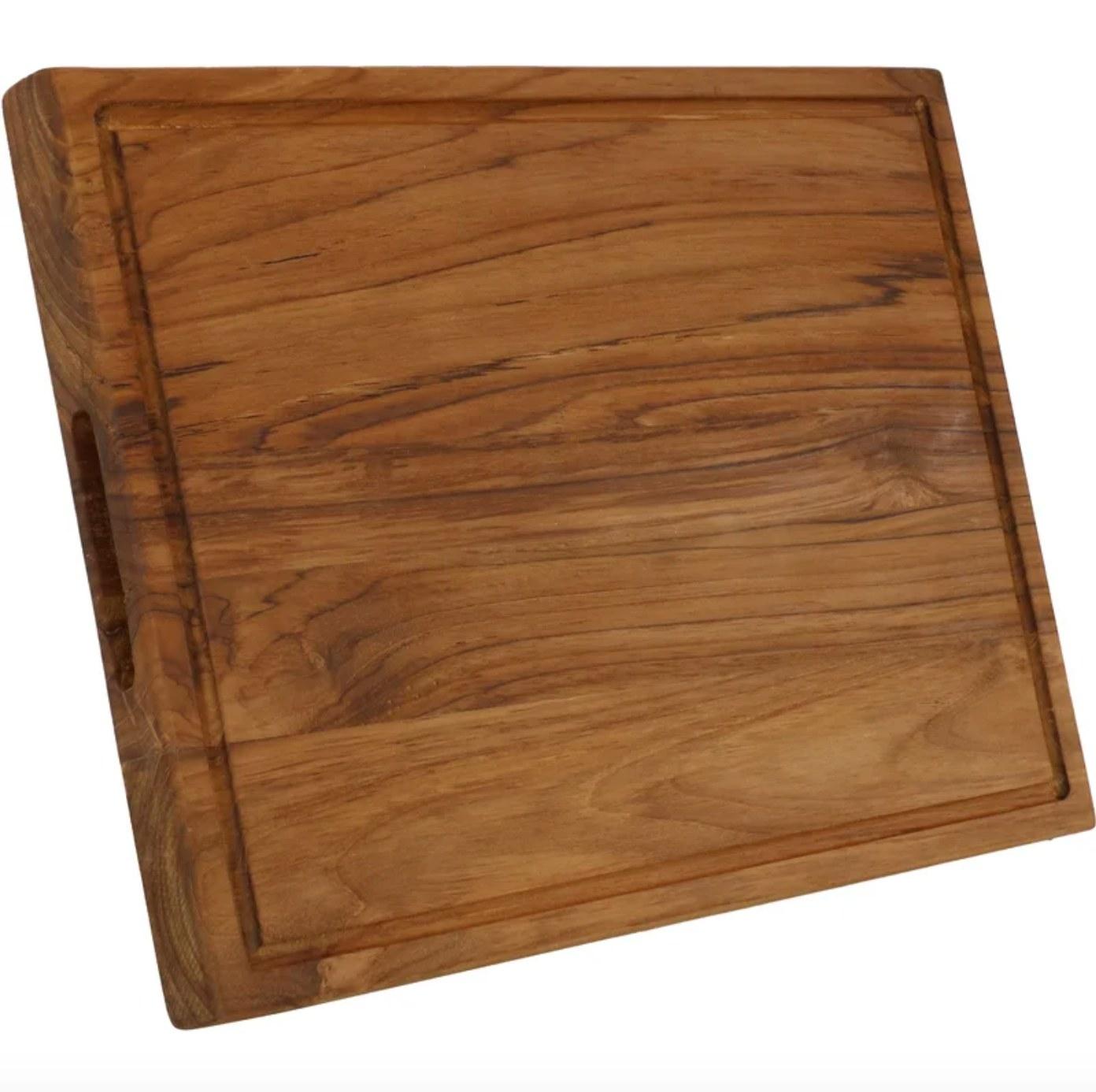 The wood cutting board
