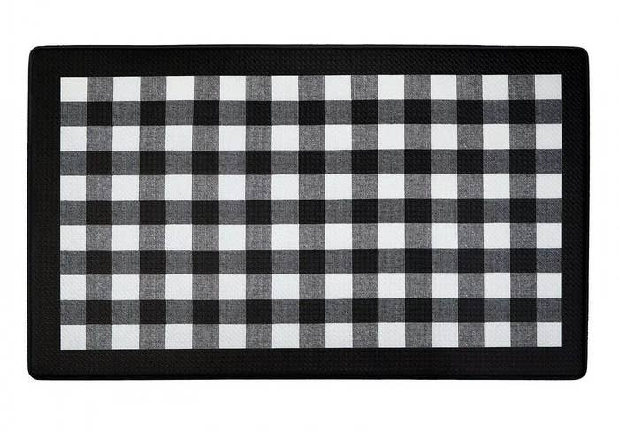 The gingham kitchen mat