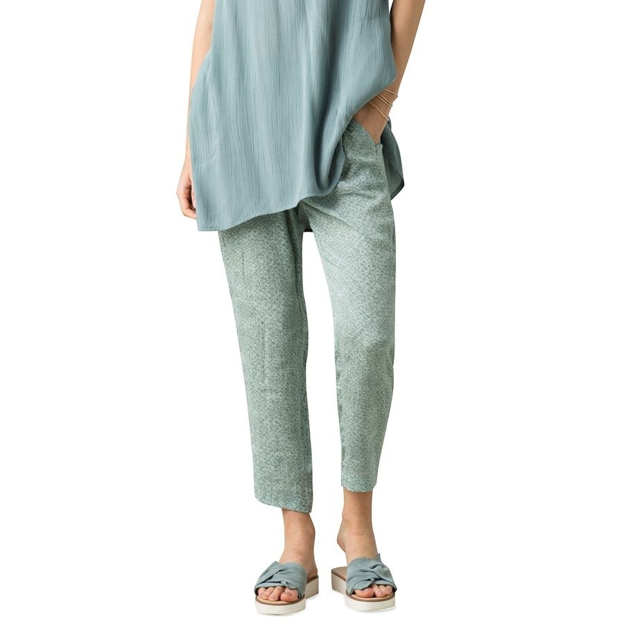 Model wearing the pants in the color Blue Misty